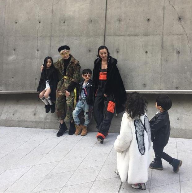 Cứ mỗi mùa Seoul Fashion Week đến, dân tình lại chỉ ngóng xem street style vừa cool vừa yêu của những fashionista nhí này - Ảnh 7.