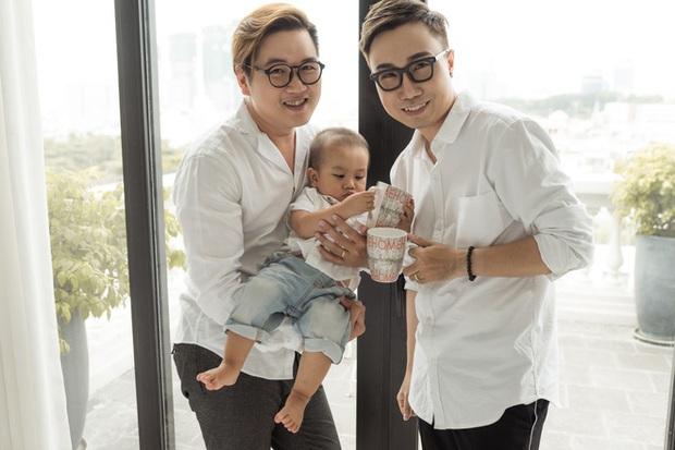Cuộc sống hạnh phúc của cặp đôi đồng tính nam ở Sài Gòn cùng con trai hơn 1 tuổi - Ảnh 7.