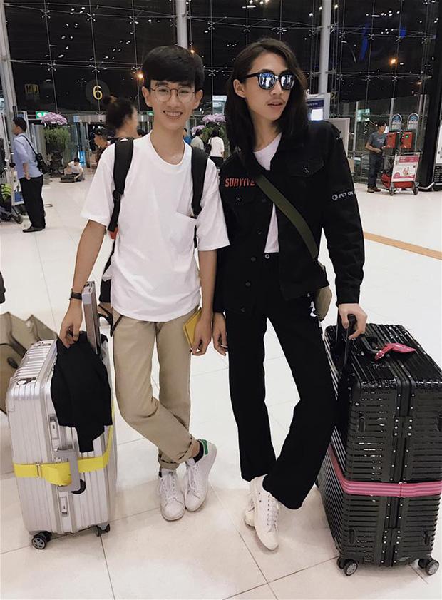 Không muốn đi một mình, anh chàng rủ bạn trai đồng tính sang Hàn Quốc để trùng tu nhan sắc - Ảnh 8.