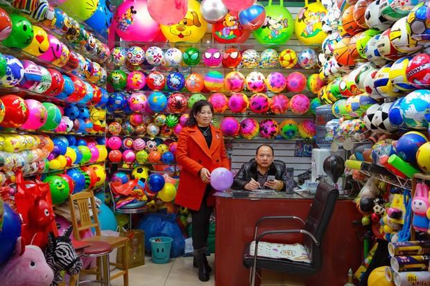 Bên trong công xưởng lớn nhất Trung Quốc, nơi các sản phẩm Made in China được gửi ra toàn cầu - Ảnh 19.