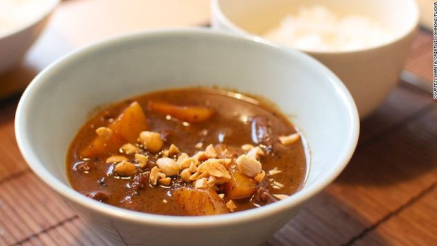 Phở và Gỏi cuốn của Việt Nam lọt tốp 30 món ăn ngon nhất thế giới - Ảnh 12.