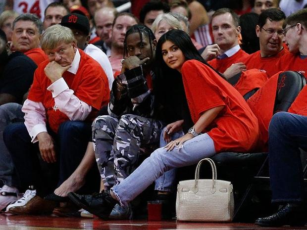 Những bí mật về rapper làm Kylie Jenner có thai: Là bạn trai cũ của Rihanna, sinh viên đại học danh tiếng - Ảnh 10.