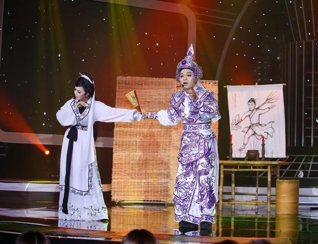 Đông Nhi sexy, Hồ Quỳnh Hương đu dây mạo hiểm trên sân khấu Gương mặt thân quen - Ảnh 5.