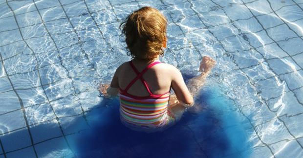 Đây là chuyện khủng khiếp sẽ xảy ra nếu bạn dám tiểu tiện ở bể bơi - Ảnh 3.
