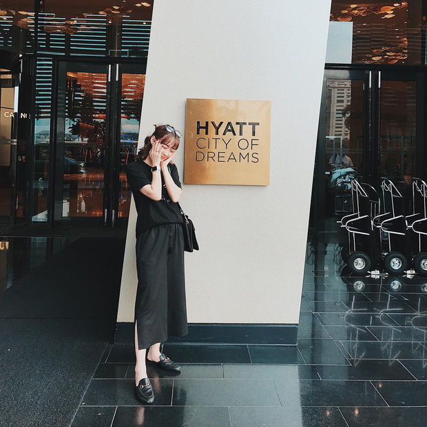 Hết Quỳnh Anh Shyn, Châu Bùi, giờ đến Sun HT gia nhập hội những hot girl có nhiều đồ hiệu - Ảnh 4.