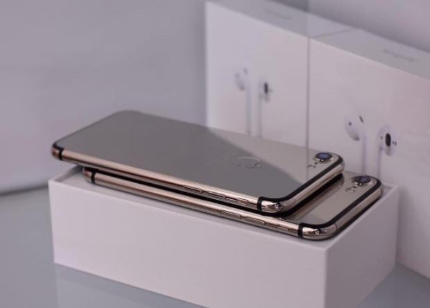 Tại thành phố xa hoa Dubai, iPhone cũng phải sang chảnh đến mức này mới chịu được - Ảnh 5.