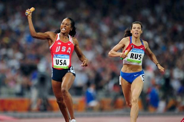 Sao điền kinh Mỹ phá thai 2 tuần trước Olympic vẫn giành HC vàng - Ảnh 1.