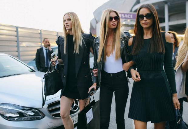 Bella Hadid đá chị gái Gigi và Kendall ra khỏi top street style đẹp nhất giới người mẫu - Ảnh 4.