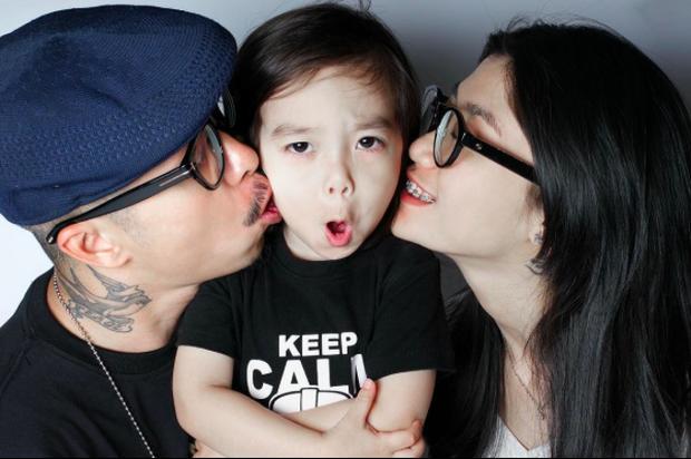 Gia đình mê sneakers Việt Max-Stu-Pid: Với chúng tôi, thời trang như niềm vui mỗi ngày, nó vừa quan trọng vừa không quan trọng - Ảnh 1.