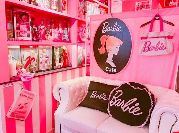 Ghé thăm quán cà phê Barbie màu hồng mộng mơ tuyệt đẹp - Ảnh 5.