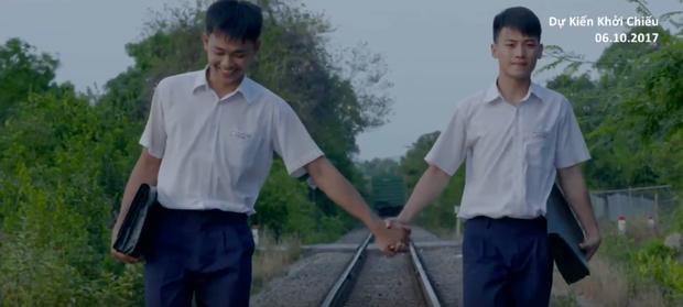 Anh Tú (Cười xuyên Việt) nắm tay bạn trai đến trường trong phim thanh xuân đồng tính Việt - Ảnh 5.