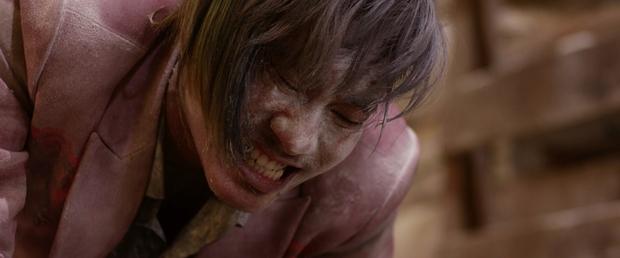 Tiến Luật đầy ám ảnh, Thu Trang bị dìm xuống nước để thủ tiêu trong Chí Phèo Ngoại truyện - Ảnh 8.
