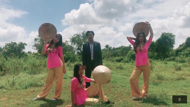 Tài Smile mang bản hit bự thế giới Despacito về với rặng dừa, lũy tre miền Tây - Ảnh 5.