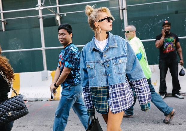 Nào chỉ hội tụ nhiều BST đẹp mĩ mãn, New York Fashion Week 2017 còn có vô vàn street style siêu chất - Ảnh 7.