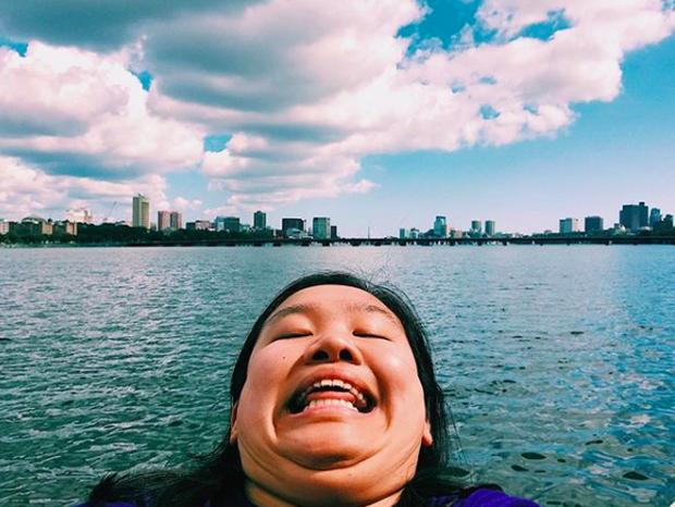 Cằm 2 ngấn đi khắp thế gian: Bộ ảnh du lịch có 1-0-2 của cô nàng mặt tròn vô cùng đáng yêu - Ảnh 11.