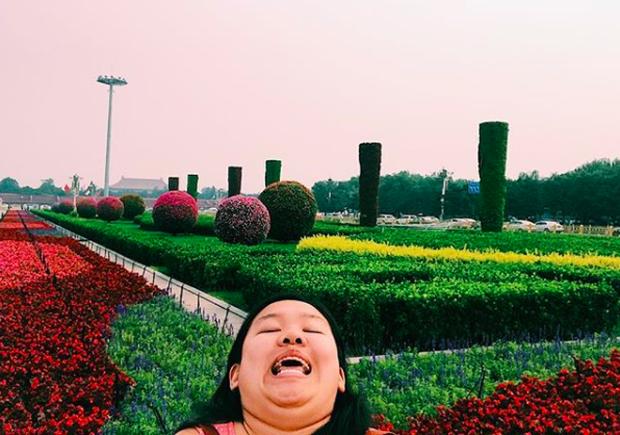 Cằm 2 ngấn đi khắp thế gian: Bộ ảnh du lịch có 1-0-2 của cô nàng mặt tròn vô cùng đáng yêu - Ảnh 12.
