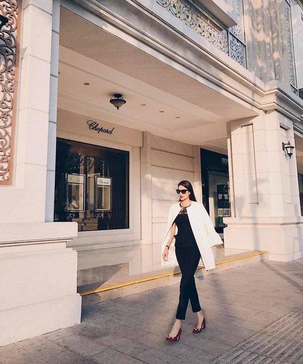 Lan Khuê diễn sâu trên phố Tokyo với áo dài, Selena Gomez tròn trịa vẫn thích mặc hở - Ảnh 4.