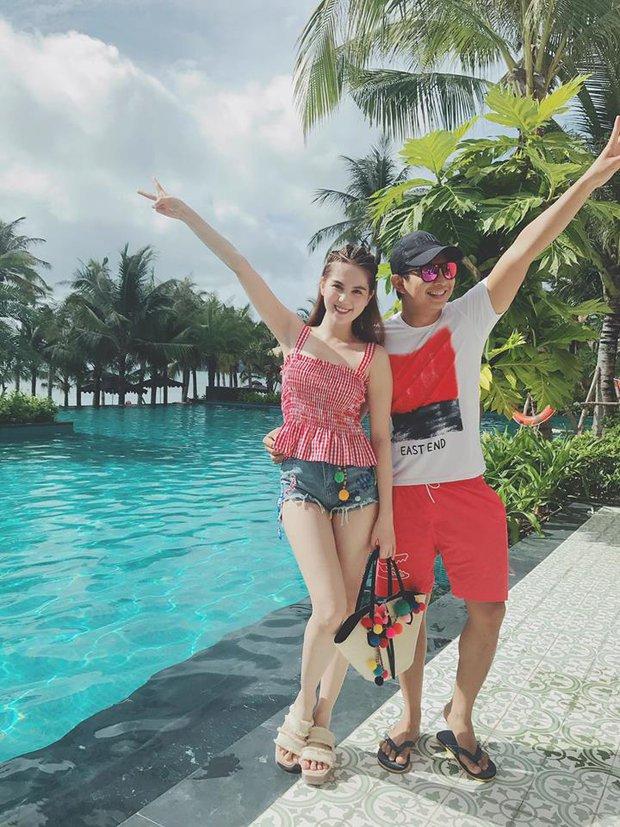 Minh Tú & Á hậu Huyền My cùng diện mốt sporty-chic trễ nải, ai đẹp hơn? - Ảnh 10.