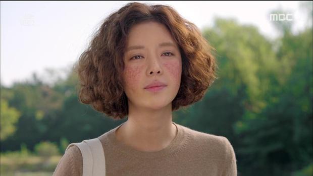 She Was Pretty Việt chưa chiếu mà khán giả đã thực sự quan ngại về gò má hồng làm quá của Lan Ngọc - Ảnh 1.