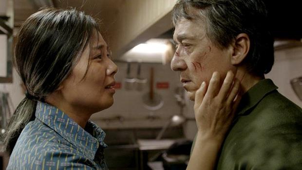Vì đóng cảnh hành động, Thành Long phải nhập viện khi đang quay phim mới - Ảnh 5.