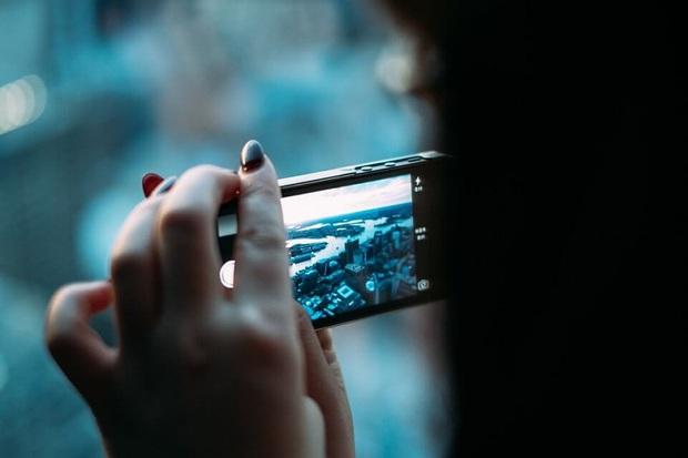Hãy nhớ 6 mẹo sau để video luôn đẹp khi quay phim trên iPhone - Ảnh 2.