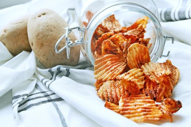 Hô biến khoai tây thành snack chua cay, ngon giòn chẳng thua kém mua ngoài hàng - Ảnh 7.