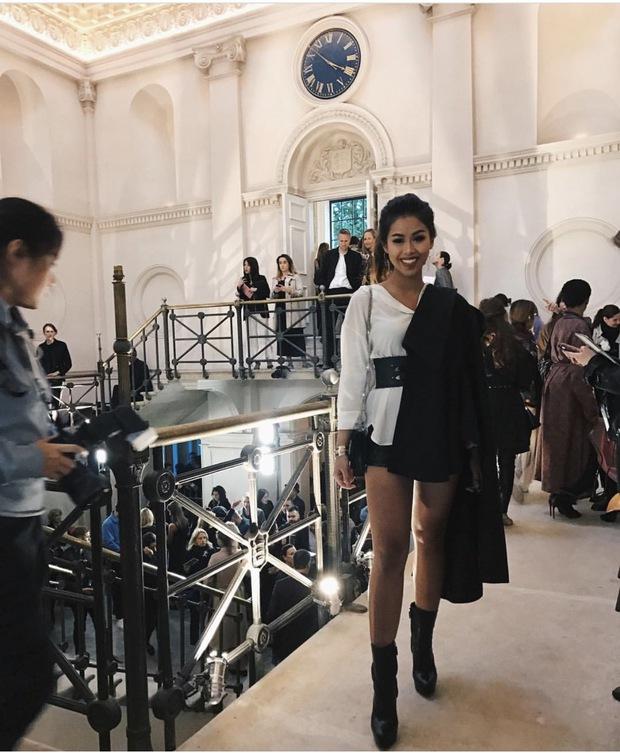Hóa ra Thảo Tiên - em chồng Hà Tăng mới là mỹ nhân Việt càn quét front-row từ London đến Milan Fashion Week - Ảnh 11.