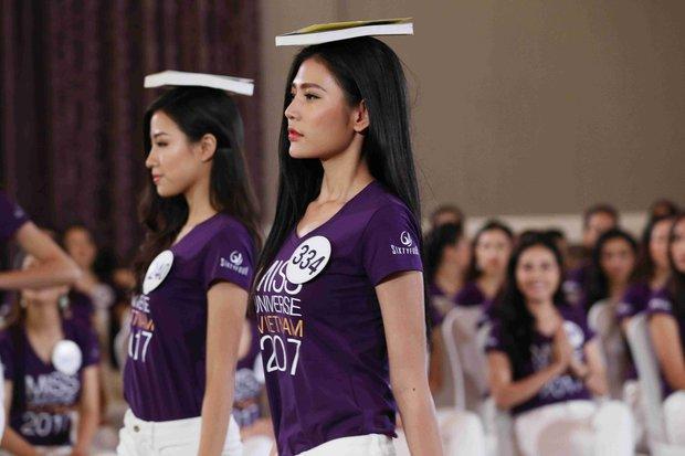 Hoàng Thùy, Cẩm Tiên cực lộng lẫy trong trang phục dân tộc tại HHHVVN - Ảnh 12.