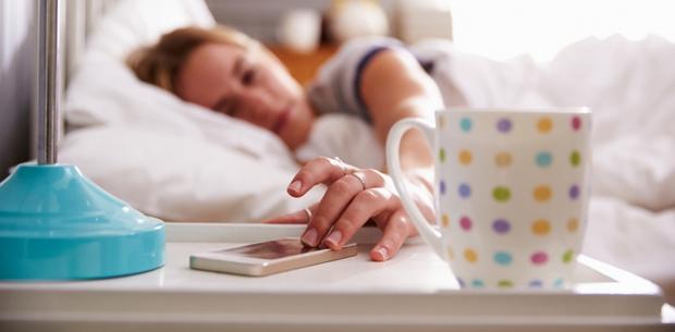 Siêu mẫu Jodie Kidd và cuộc thử nghiệm thức khuya: Chỉ trong 5 ngày mà da bị tàn phá khủng khiếp - Ảnh 3.