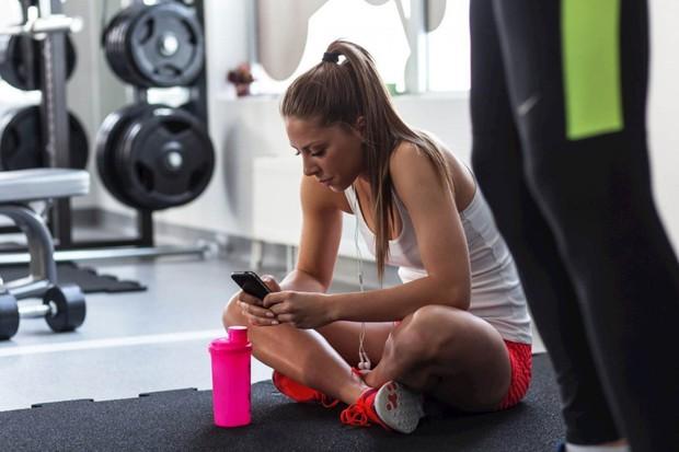 6 lỗi sai kinh điển khi bạn lao đầu vào tập gym giảm cân - Ảnh 2.