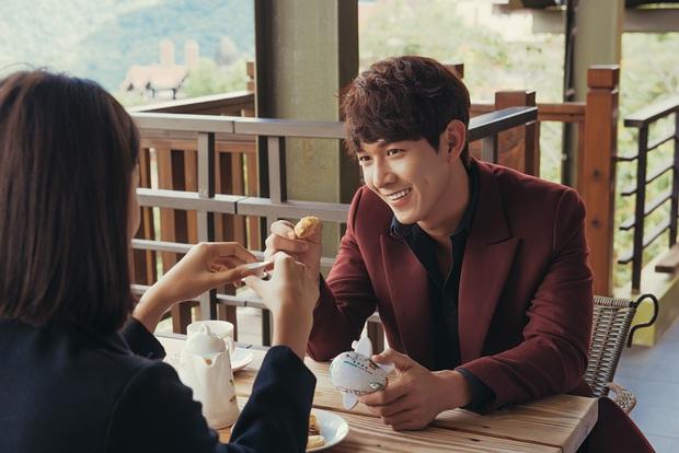Trương Mỹ Nhân khóc nức nở trong teaser MV của Song Luân gây tò mò - Ảnh 5.