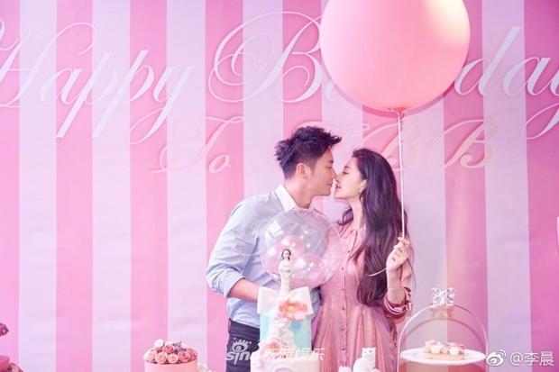 HOT: Phạm Băng Băng rơi nước mắt khi được Lý Thần cầu hôn trong ngày sinh nhật tuổi 36 - Ảnh 4.