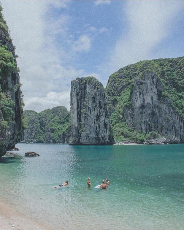 5 bãi biển ngay gần Hà Nội để 99er đi xả hơi nhanh gọn sau kỳ thi - Ảnh 39.