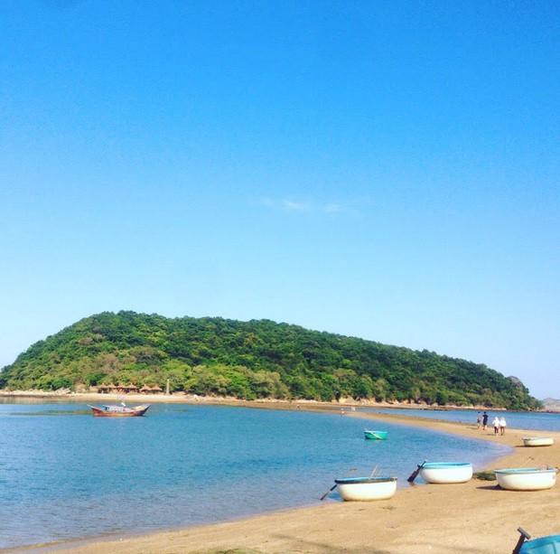 Những con đường giữa biển đẹp mê hồn ở Việt Nam mà bạn chưa biết tới - Ảnh 43.