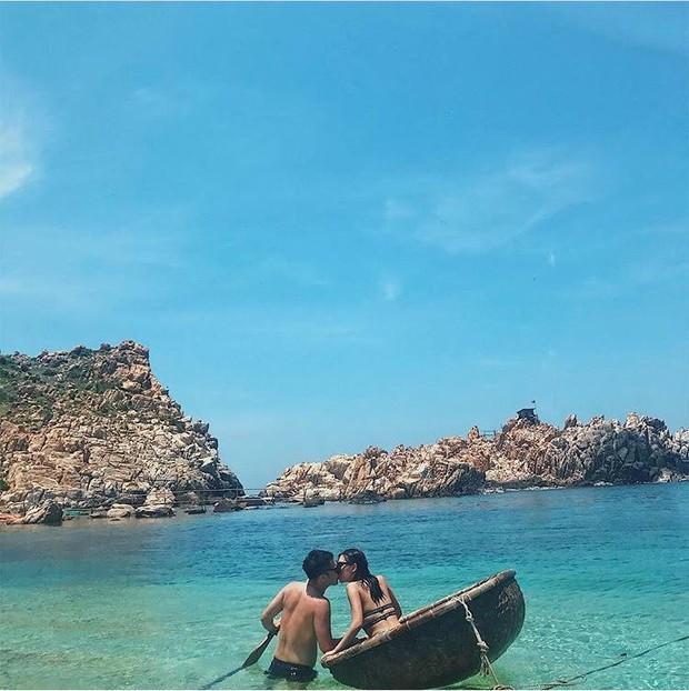 Những con đường giữa biển đẹp mê hồn ở Việt Nam mà bạn chưa biết tới - Ảnh 7.