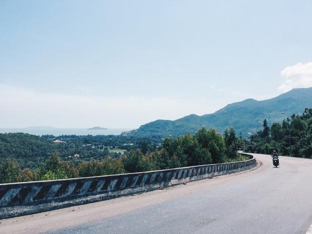 Trọn vẹn cẩm nang cho bạn khi ghé thăm Quy Nhơn: Điểm đến hot nhất mùa hè năm nay! - Ảnh 2.