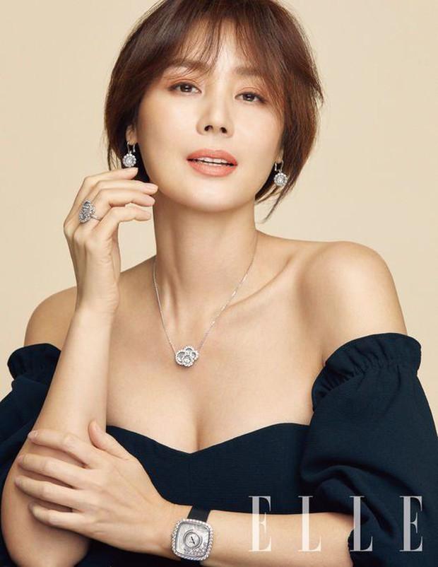 Thời của các bà mẹ Kbiz đã đến: Siêu hot, mẹ Kim Tan chưa phải đỉnh nhất, toàn được ship với con rể vì quá đẹp đôi - Ảnh 3.
