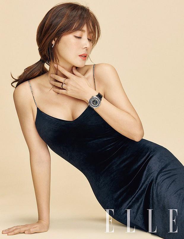 Thời của các bà mẹ Kbiz đã đến: Siêu hot, mẹ Kim Tan chưa phải đỉnh nhất, toàn được ship với con rể vì quá đẹp đôi - Ảnh 4.