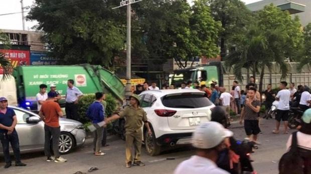 Hà Nội: Ô tô điên đâm hàng loạt phương tiện khiến 1 người tử vong, tài xế mới 18 tuổi chưa có bằng lái, vượt nồng độ cồn - Ảnh 1.