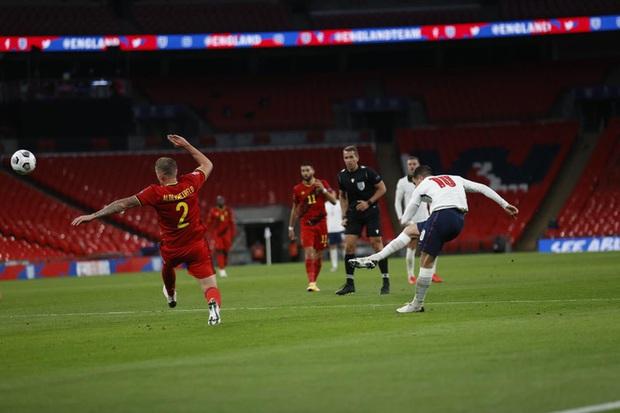 Anh ngược dòng đánh bại đội tuyển số 1 thế giới - Ảnh 7.