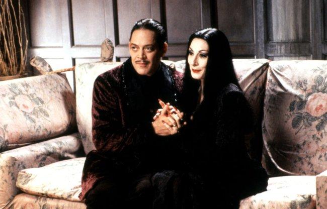 15 bộ phim kinh dị có thể xem trong dịp Halloween mà không làm bạn mất ngủ - Ảnh 1.