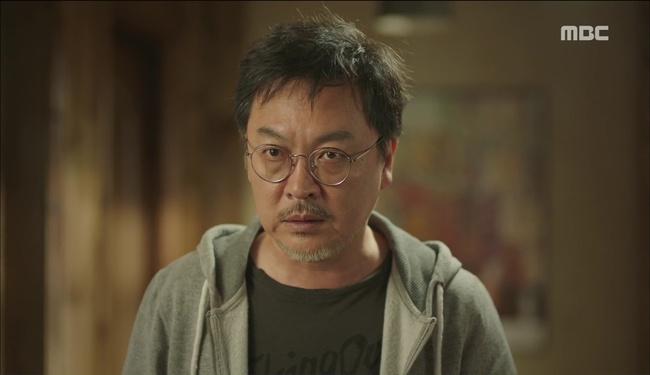 """""""W"""" tập 2: Han Hyo Joo vừa tát vừa hôn Lee Jong Suk - Ảnh 6."""