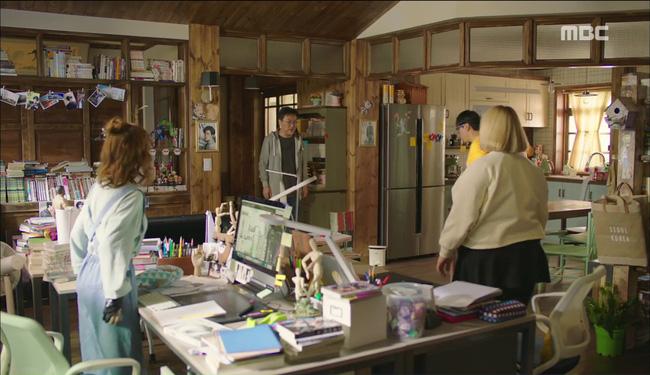 """""""W"""" tập 2: Han Hyo Joo vừa tát vừa hôn Lee Jong Suk - Ảnh 7."""