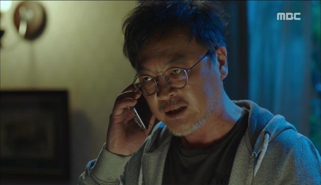"""""""W"""" tập 2: Han Hyo Joo vừa tát vừa hôn Lee Jong Suk - Ảnh 21."""