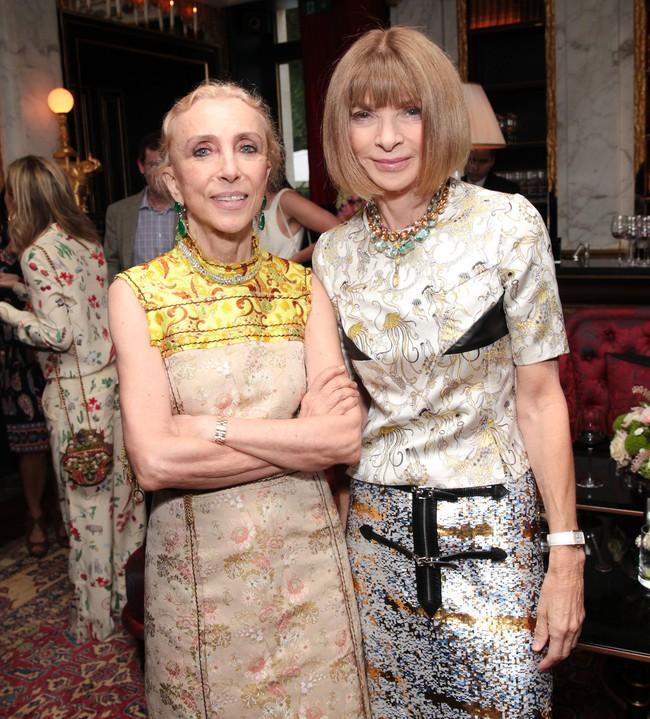 Tổng biên tập - linh hồn của kinh thánh thời trang Vogue qua đời - Ảnh 10.