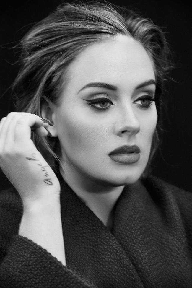 Adele trông như người lạ khi thiếu đi đường kẻ mắt trứ danh - Ảnh 5.