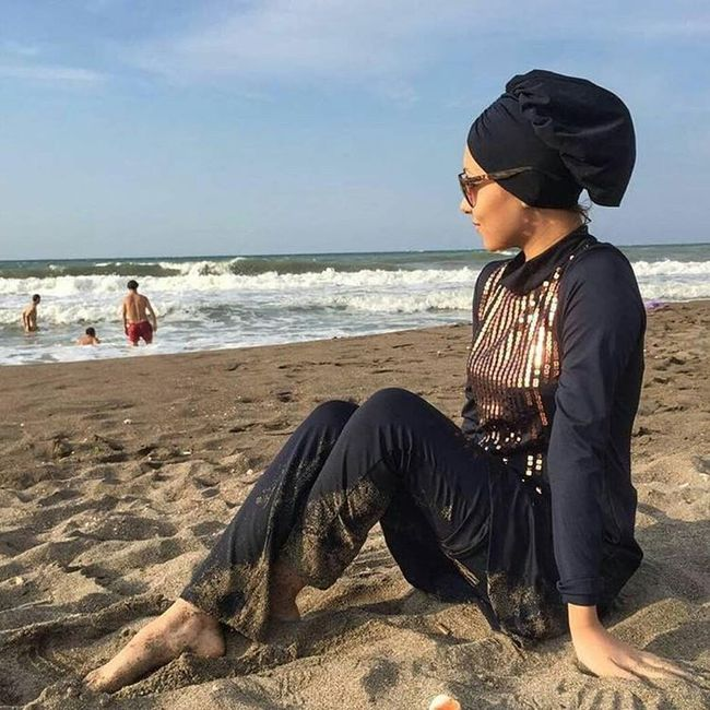 Đây là trang phục dạo phố? Không đâu, nó thực ra là áo tắm của phụ nữ Hồi giáo - Ảnh 4.