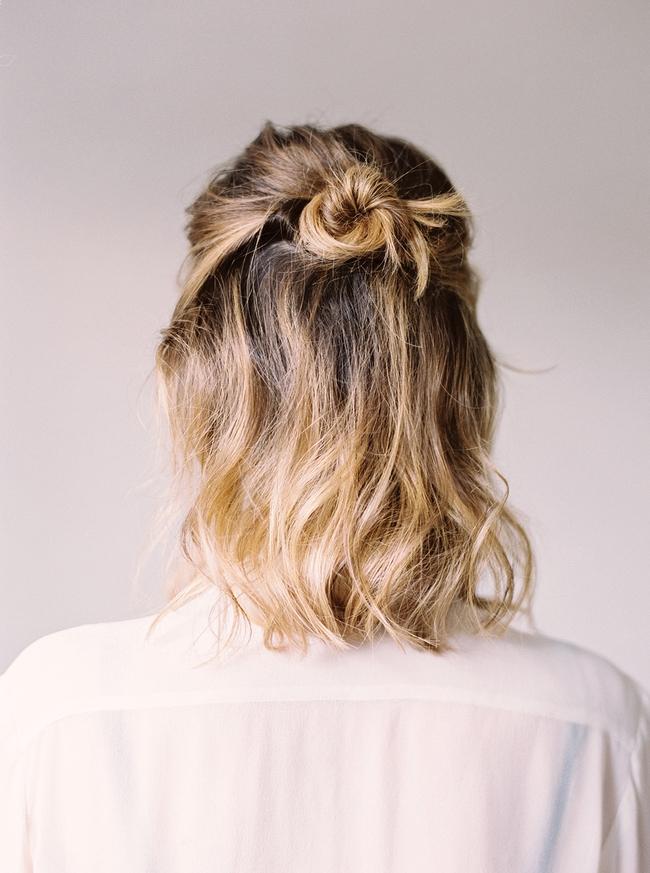 Những kiểu tóc búi hay ho cho tóc ngắn có thể bạn chưa từng nghĩ tới - Ảnh 4.