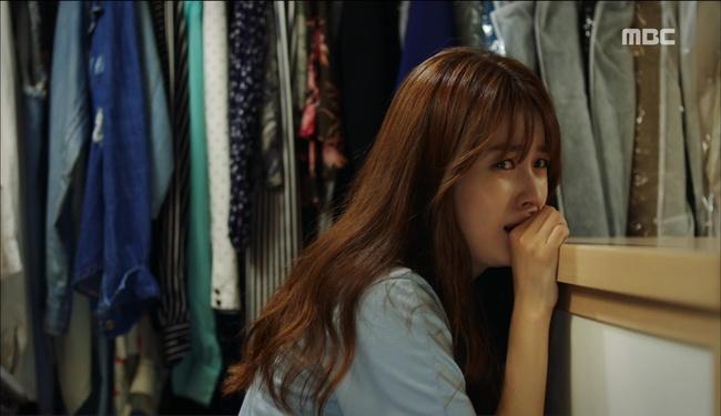 """""""W"""": Từ cuộc đời vạn người mê, Lee Jong Suk và Han Hyo Joo giờ đây không khác gì ăn mày - Ảnh 11."""