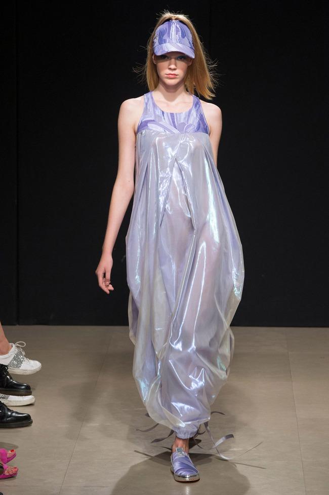 Đỗ Hà sải bước trong show diễn mở màn Tuần lễ thời trang Milan - Ảnh 9.